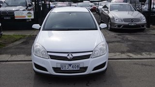 2007 Holden Astra AH MY07.5 CD Silver 5 Speed Manual Hatchback.