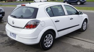 2007 Holden Astra AH MY07.5 CD Silver 5 Speed Manual Hatchback