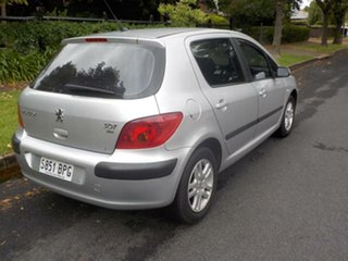 2002 Peugeot 307 T5 HDi Silver 5 Speed Manual Hatchback.