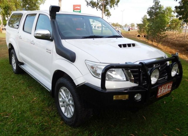 Used Toyota Hilux KUN26R MY14 SR5 Double Cab, 2013 Toyota Hilux KUN26R MY14 SR5 Double Cab White 5 Speed Manual Utility