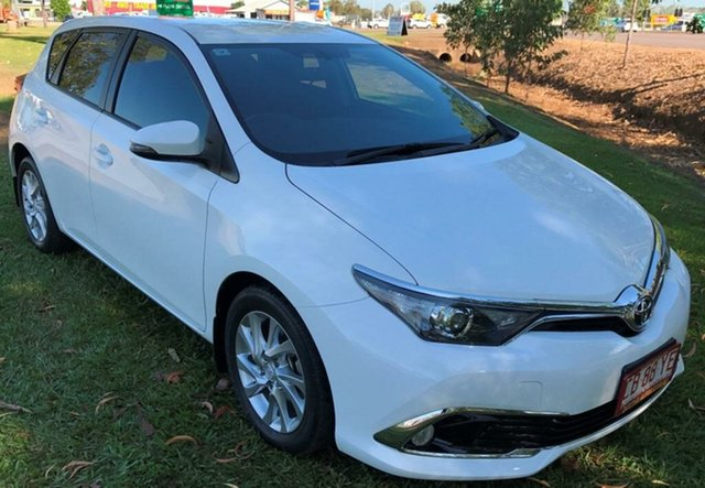 Used Toyota Corolla ZRE182R Ascent S-CVT, 2015 Toyota Corolla ZRE182R Ascent S-CVT White 7 Speed Constant Variable Hatchback