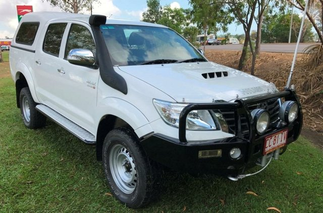 Used Toyota Hilux KUN26R MY12 SR5 Double Cab, 2013 Toyota Hilux KUN26R MY12 SR5 Double Cab White 5 Speed Manual Utility