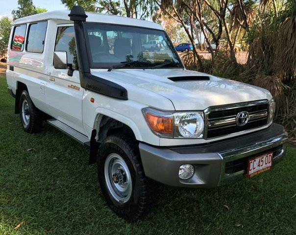 Used Toyota Landcruiser VDJ78R MY13 GXL Troopcarrier, 2014 Toyota Landcruiser VDJ78R MY13 GXL Troopcarrier White 5 Speed Manual Wagon