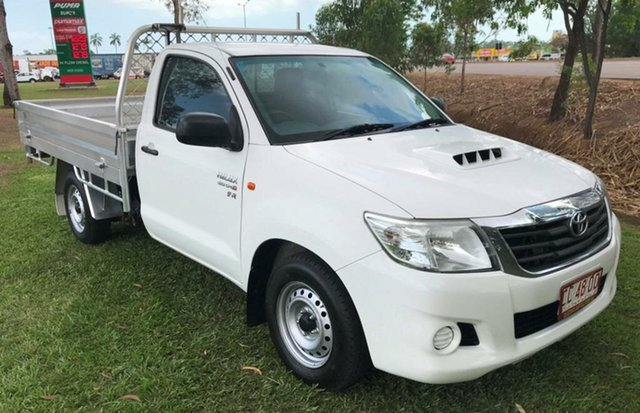 Used Toyota Hilux KUN16R MY14 SR, 2014 Toyota Hilux KUN16R MY14 SR White 5 Speed Manual Cab Chassis