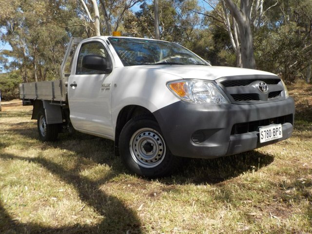 Used Toyota Hilux TGN16R MY07 Workmate, 2006 Toyota Hilux TGN16R MY07 Workmate White 5 Speed Manual Cab Chassis