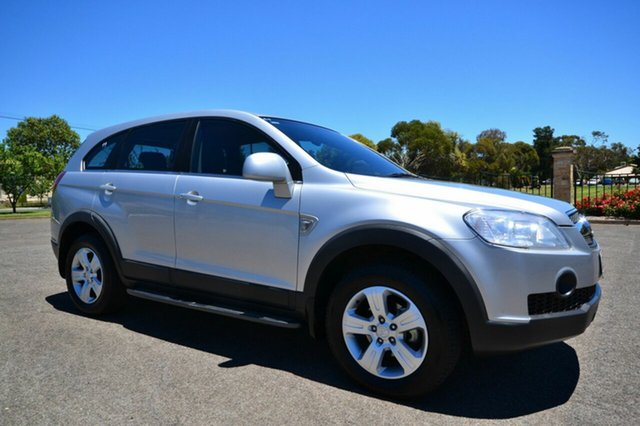 Used Holden Captiva CG SX, 2008 Holden Captiva CG SX Silver 5 Speed Sports Automatic Wagon