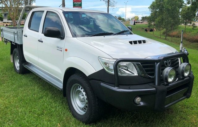 Used Toyota Hilux KUN26R MY12 SR Double Cab, 2012 Toyota Hilux KUN26R MY12 SR Double Cab White 5 Speed Manual Cab Chassis