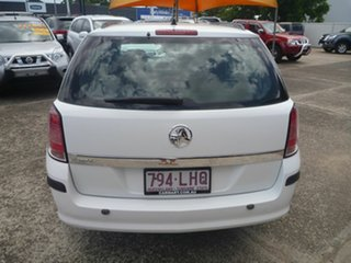 2006 Holden Astra AH MY06.5 CD White 4 Speed Automatic Wagon