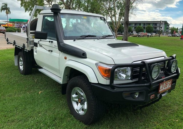 Used Toyota Landcruiser VDJ79R MY13 GXL, 2013 Toyota Landcruiser VDJ79R MY13 GXL White 5 Speed Manual Cab Chassis