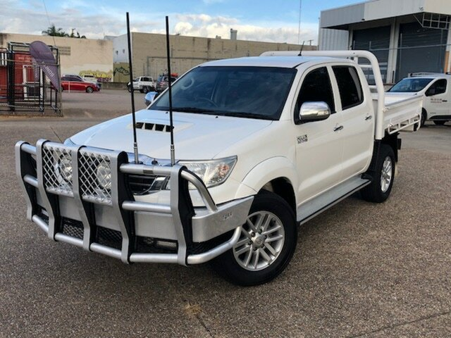 Used Toyota Hilux KUN26R MY14 SR5 Double Cab, 2013 Toyota Hilux KUN26R MY14 SR5 Double Cab White 5 Speed Automatic Utility