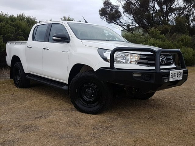 Used Toyota Hilux GUN126R SR Double Cab, 2015 Toyota Hilux GUN126R SR Double Cab Glacier White 6 Speed Sports Automatic Utility