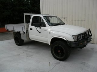 1998 Toyota Hilux RZN169R White 5 Speed Manual Cab Chassis.