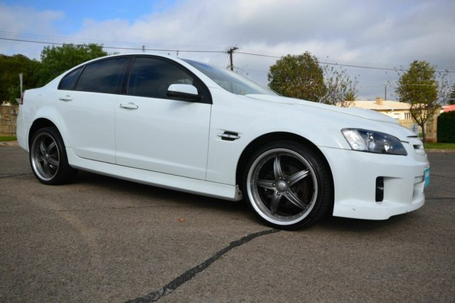 Used Holden Commodore VE Omega, 2006 Holden Commodore VE Omega White 5 Speed Automatic Sedan