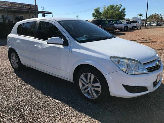 Used Holden Astra AH MY08 CDTi, 2008 Holden Astra AH MY08 CDTi White 6 Speed Sports Automatic Hatchback