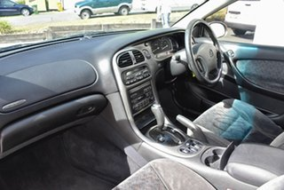 2002 Holden Calais VX II Gold 4 Speed Automatic Sedan