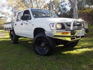 2004 Toyota Hilux LN167R MY02 White 5 Speed Manual Utility.