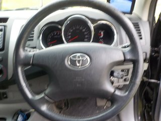 2005 Toyota Hilux GGN25R MY05 SR5 5 Speed Automatic Utility