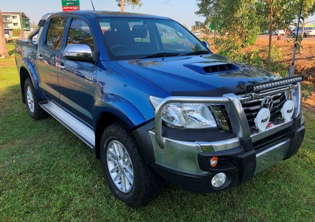 Used Toyota Hilux KUN26R MY14 SR5 Double Cab, 2014 Toyota Hilux KUN26R MY14 SR5 Double Cab Blue 5 Speed Manual Utility