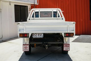 2011 Toyota Hilux KUN26R MY12 Workmate White 5 Speed Manual Cab Chassis.
