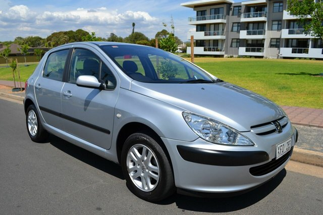 Used Peugeot 307 T5 MY04 XS, 2005 Peugeot 307 T5 MY04 XS Silver 5 Speed Manual Hatchback
