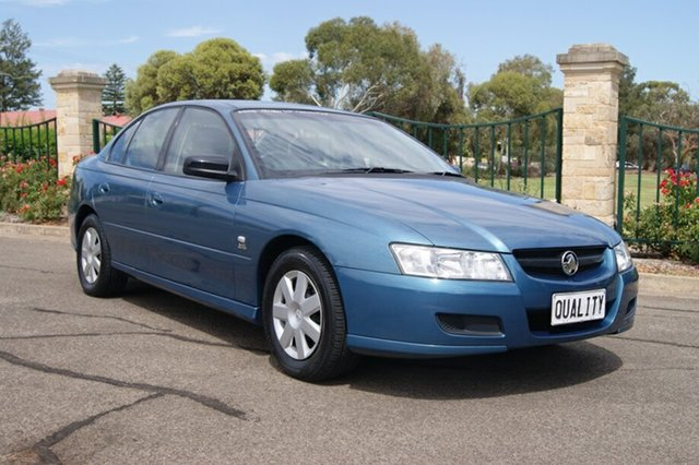 Used Holden Commodore VZ Executive, 2005 Holden Commodore VZ Executive Blue 4 Speed Automatic Sedan