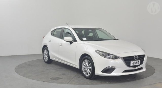 Used Mazda 3  , 2015 Mazda 3 GLX White 6spd Tiptronic Hatchback