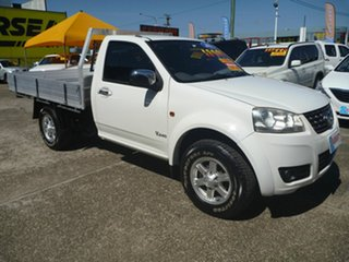 2013 Great Wall V240 K2 MY13 4x2 White 5 Speed Manual Cab Chassis.