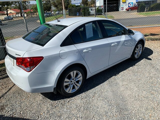 Used Holden Cruze JH Series II MY15 Equipe, 2015 Holden Cruze JH Series II MY15 Equipe Heron White 6 Speed Sports Automatic Sedan