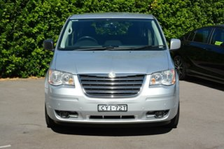 2009 Chrysler Grand Voyager RT 5th Gen MY09 Touring Silver 6 Speed Automatic Wagon.