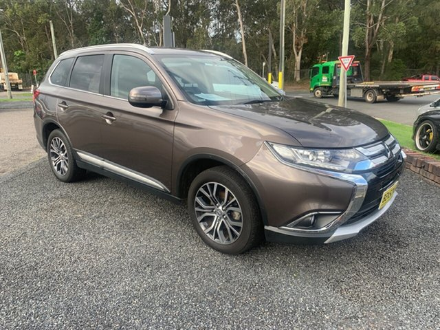 Used Mitsubishi Outlander  , 2017 Mitsubishi Outlander 4WD 7 seater Bronze 6 Speed Automatic Wagon