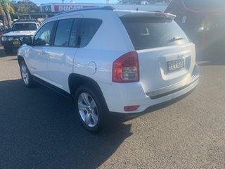 2011 Jeep Compass SPORT  AUTO 2.0 White 6 Speed Automatic Wagon