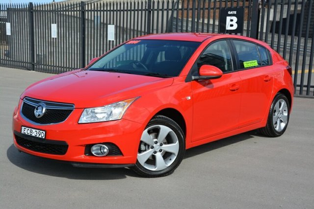Used Holden Cruze JH Series II MY14 Equipe, 2014 Holden Cruze JH Series II MY14 Equipe Red 5 Speed Manual Hatchback