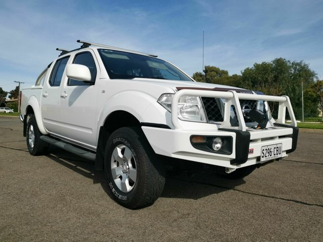 Used Nissan Navara D40 ST (4x4), 2011 Nissan Navara D40 ST (4x4) White 5 Speed Automatic Dual Cab Pick-up