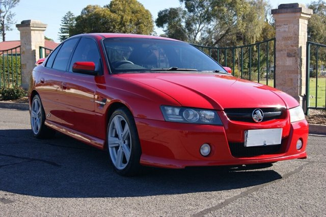 Used Holden Commodore VZ SS, 2004 Holden Commodore VZ SS Red 4 Speed Automatic Sedan