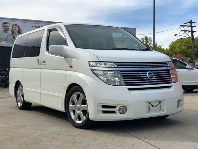 Used Nissan Elgrand E51 Highway Star, 2004 Nissan Elgrand E51 Highway Star White Automatic Wagon