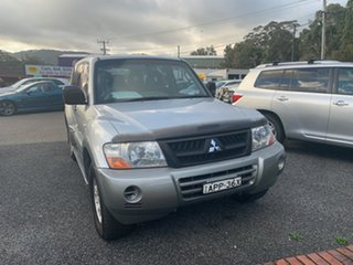 2002 Mitsubishi Pajero 7 SEAT GLS Silver 5 Speed Manual Wagon.