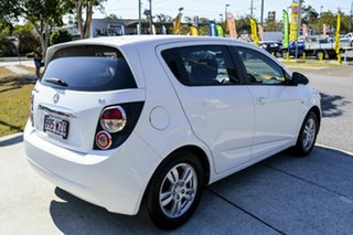 2015 Holden Barina TM MY15 CD White 6 Speed Automatic Hatchback.