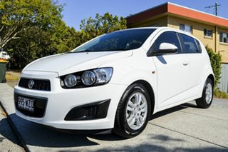 2015 Holden Barina TM MY15 CD White 6 Speed Automatic Hatchback