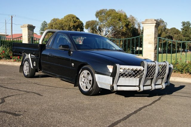 Used Holden Commodore VZ One Tonner S, 2004 Holden Commodore VZ One Tonner S Black 6 Speed Manual Cab Chassis