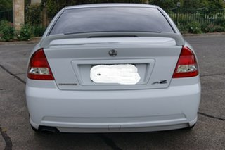 2006 Holden Commodore VZ MY06 SVZ White 4 Speed Automatic Sedan