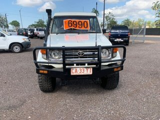 1995 Toyota Landcruiser TROOPY White 5 Speed Manual TroopCarrier.