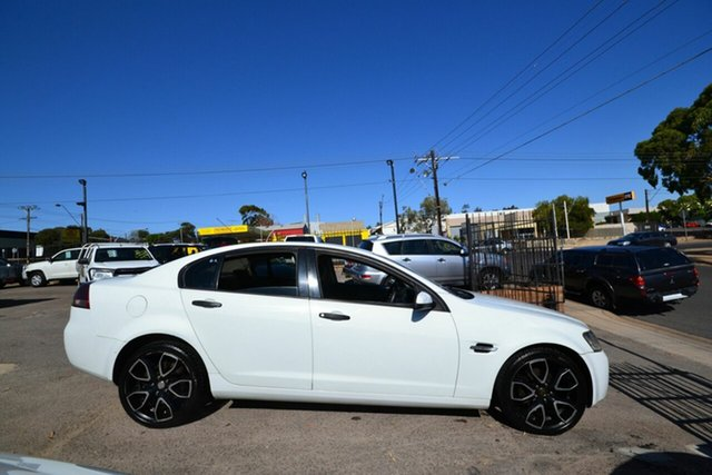 Used Holden Commodore VE Omega, 2007 Holden Commodore VE Omega White 4 Speed Automatic Sedan