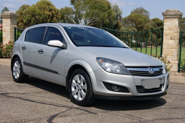 Used Holden Astra AH MY08.5 60th Anniversary, 2008 Holden Astra AH MY08.5 60th Anniversary Gold 4 Speed Automatic Hatchback