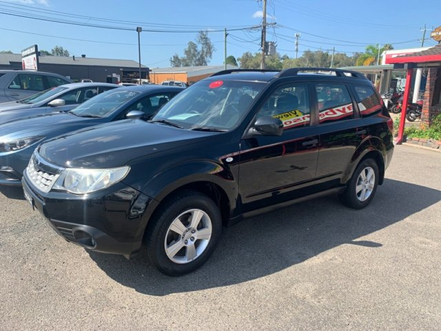 Used Subaru Forester  X, 2011 Subaru Forester AWD MANUAL  X Black 5 Speed Manual Wagon