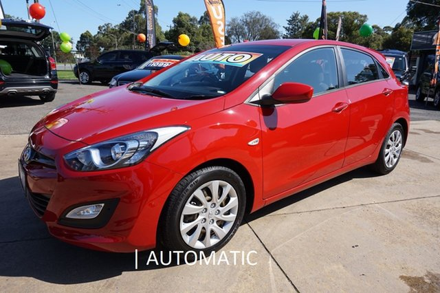 Used Hyundai i30 GD Active, 2012 Hyundai i30 GD Active Tropic Red 6 Speed Sports Automatic Hatchback