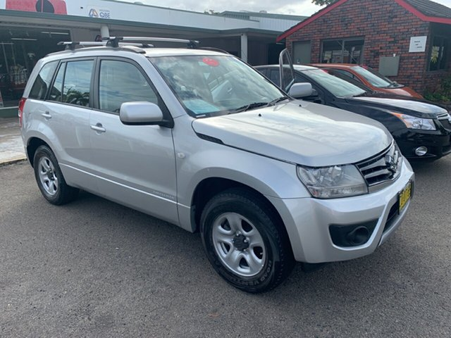 Used Suzuki Vitara  , 2013 Suzuki Vitara JBMY13 GRAND 2.4  2X4  Silver 5 Speed Manual Wagon