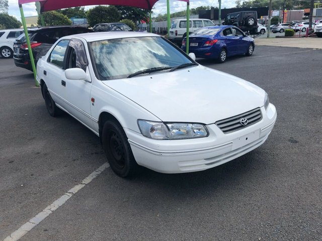 Used Toyota Camry MCV20R Conquest, 2000 Toyota Camry MCV20R Conquest White 4 Speed Automatic Sedan