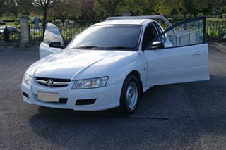2005 Holden Commodore VZ One Tonner S White 6 Speed Manual Cab Chassis