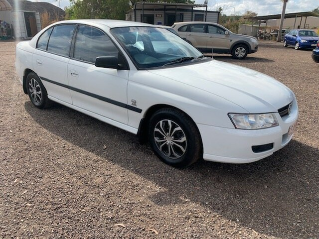 Used Holden Commodore VZ , 2005 Holden Commodore VZ White 4 Speed Auto Active Select Sedan
