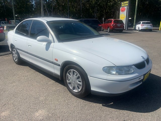 Used Holden Commodore VT , 1998 Holden Commodore VT White 4 Speed Automatic Sedan